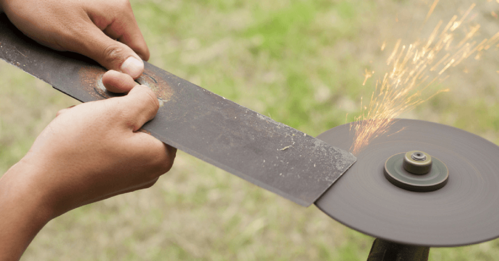 how-to-sharpen-mulching-blades