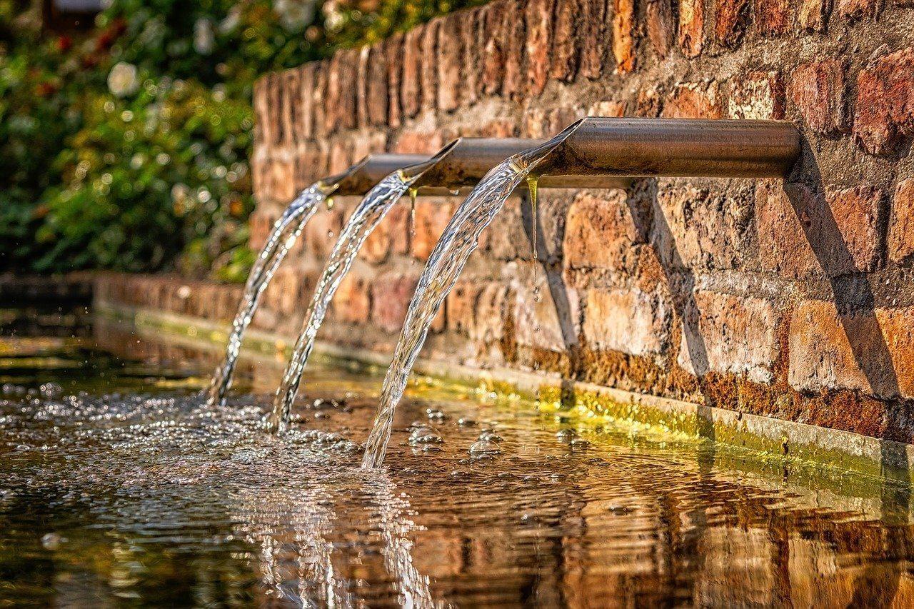 fountain-water